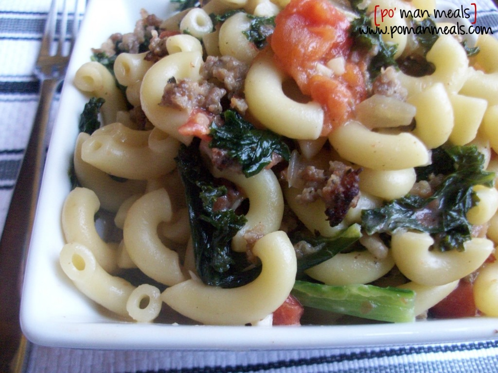 creamy-macaroni-with-spicy-sausage-kale-and-roasted-tomato31wm