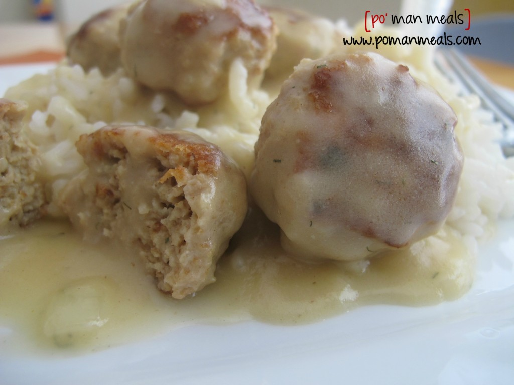 chicken-meatballs-with-dijon-dill-gravy1wm