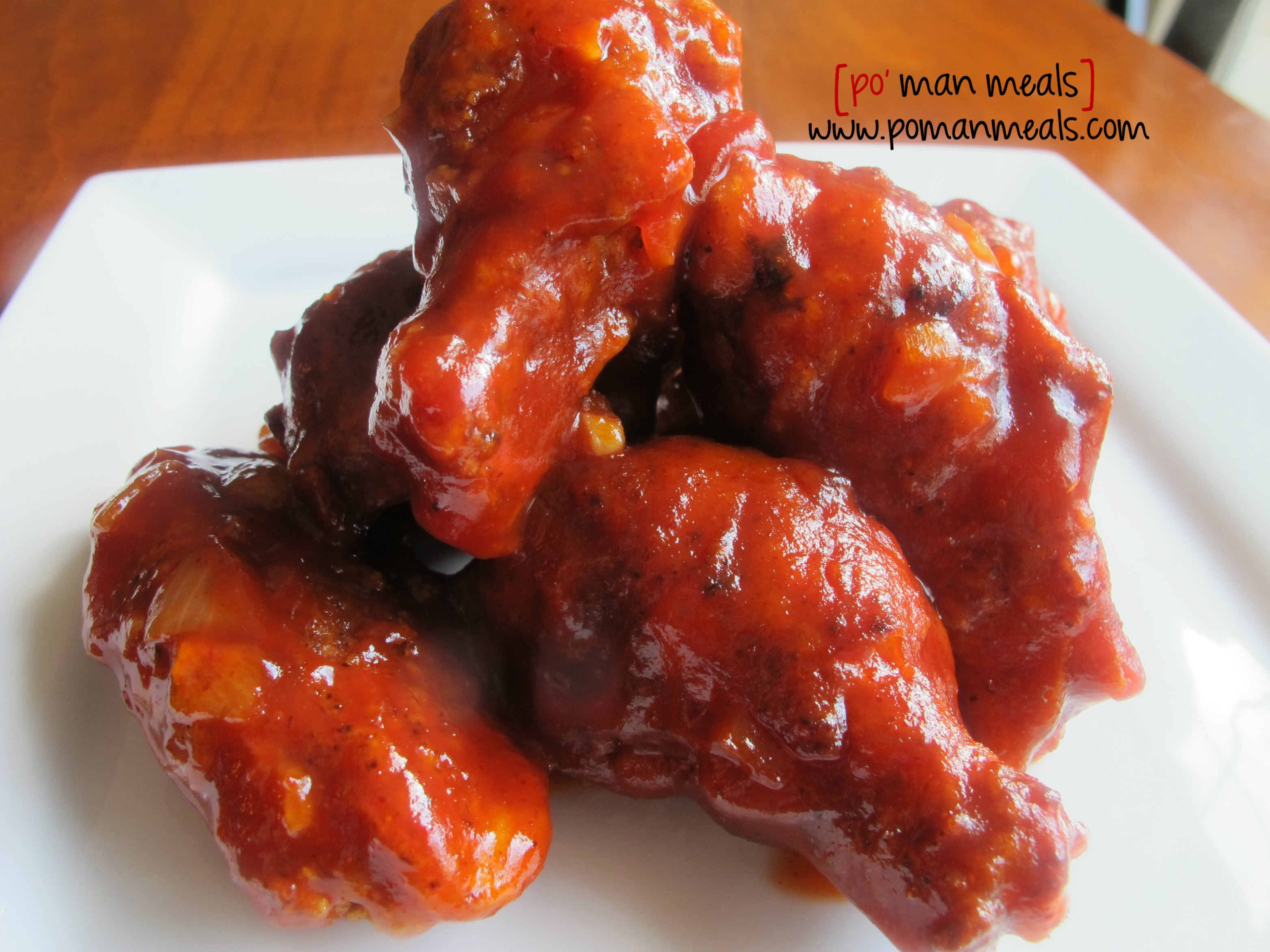 honey sriracha wingswm