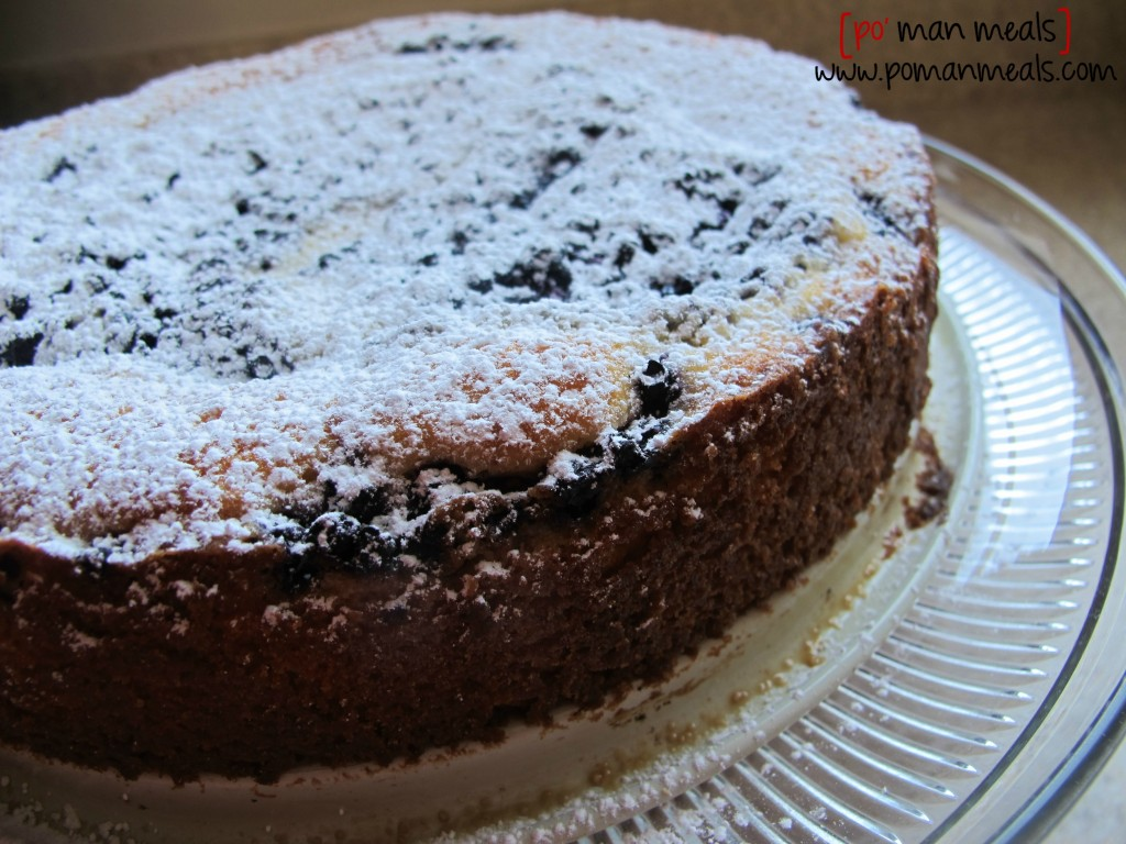 blueberry cake powdered sugarwm