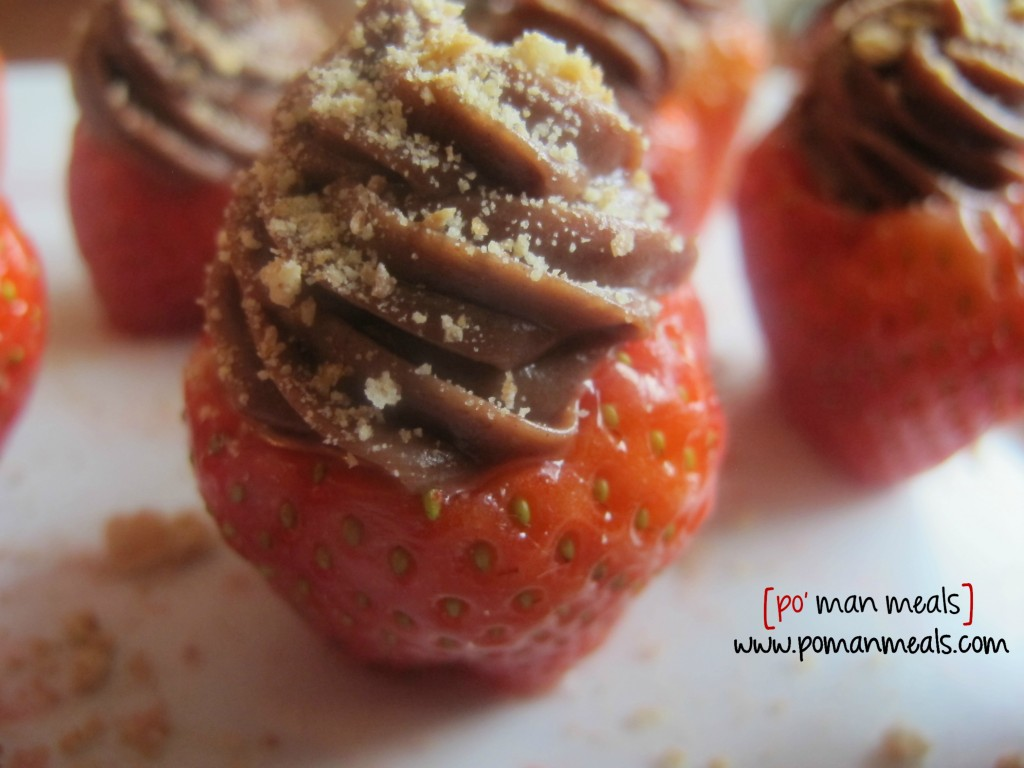 chocolate-cheescake-strawberrieswm